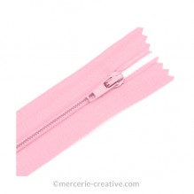 Fermeture à glissière rose - 19,5 cm