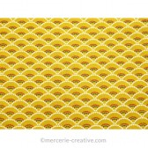 Coupon de tissu ethnique jaune