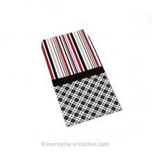 Pochette cadeau papier carreaux et rayures X1