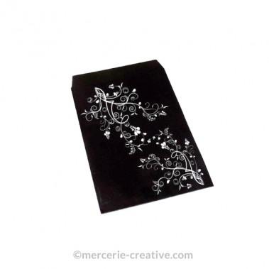 Pochette cadeau papier glacé noire motif fleurs blanches x1
